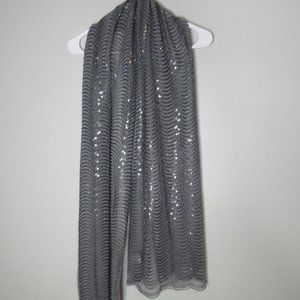 JOAN RIVERS Wrapped In Sparkle Sequin Scarf A21717